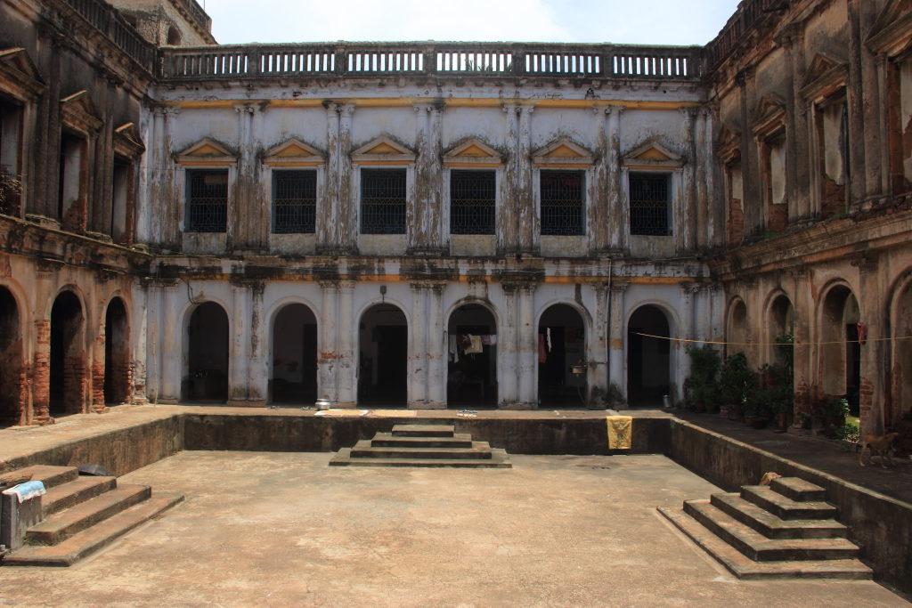 Durga Dalan built by Kailash Roy